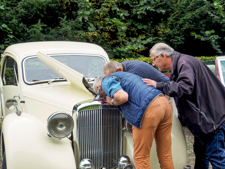 25 jarig jubileum Voorschotense Oldtimer Vereniging